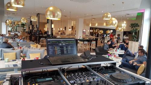 Melia Hotel Lounge
